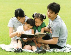 Con thông minh khỏe mạnh sẽ khiến cho gia đình hạnh phúc hơn