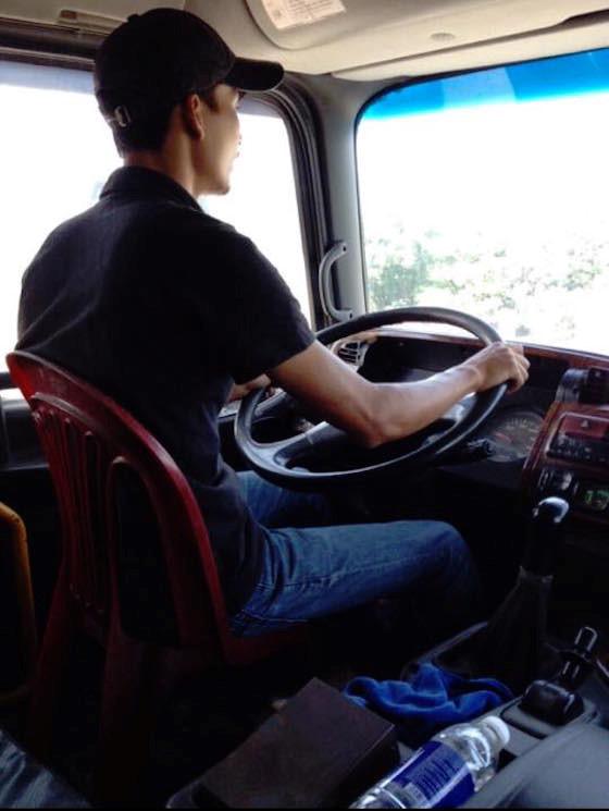 Xe có ghế, không phải không có ghế