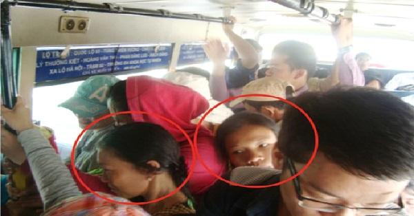 Các gia đình đặc biệt có con nhỏ nên chú ý khi đi phương tiện công cộng