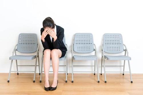 25 tuổi chưa có người yêu, cô gái trẻ bị nhà tuyển dụng từ chối