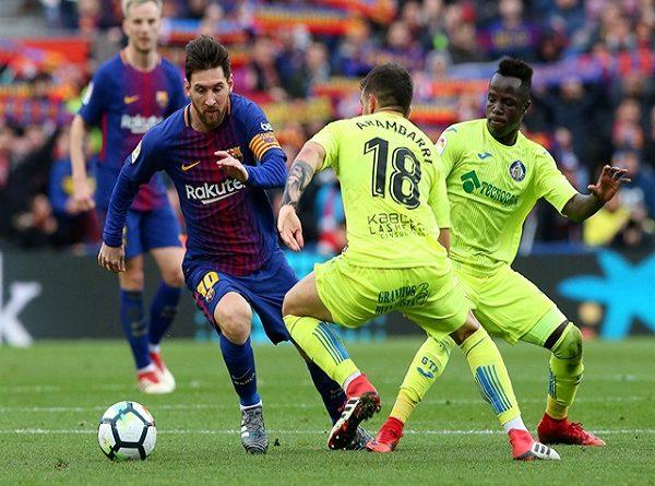 Chiến thắng không làm Barca bớt nỗi buồn