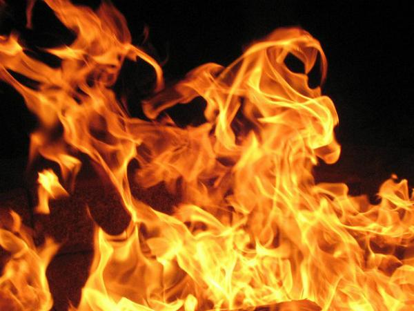 Nằm mơ thấy lửa có ý nghĩa gì nên chơi xổ số con gì may mắn