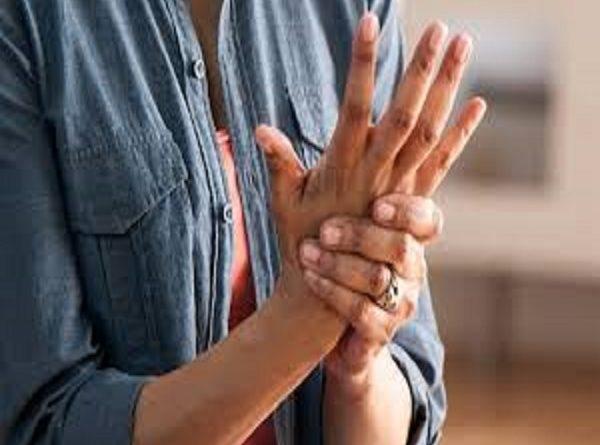 Bài tập phục hồi chấn thương cổ tay