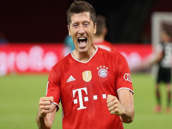Tin bóng đá sáng 16/9: Lewandowski nhắc lại chiến thắng 8-2 trước Barca