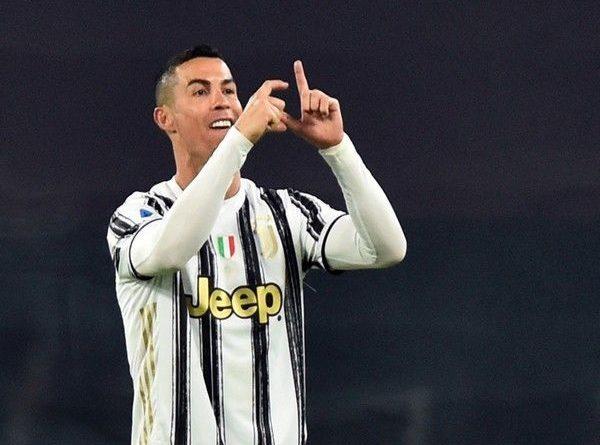 Bóng đá hôm nay 4/1: Ronaldo phá kỷ lục ngay đầu năm 2021