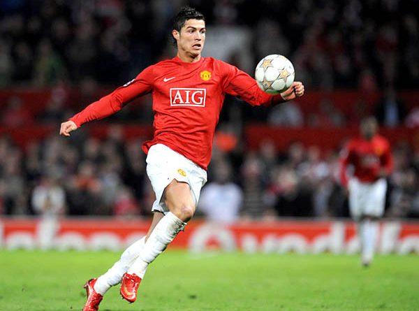 Tin bóng đá chiều 24/4 : Ronaldo có ý định trở lại MU
